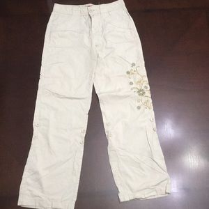 Khaki embroidered and adjustable pants